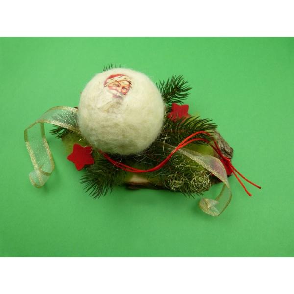 basteltipps f r weihnachten eine sch ne tischdeko f r die weihnachtszeit selber basteln. Black Bedroom Furniture Sets. Home Design Ideas