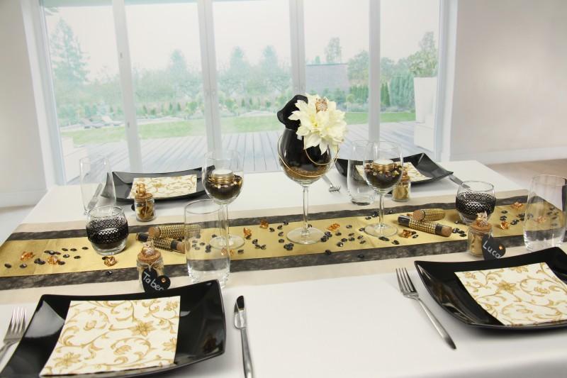 tischdeko schwarz gold fest tischdekorationen tm24. Black Bedroom Furniture Sets. Home Design Ideas