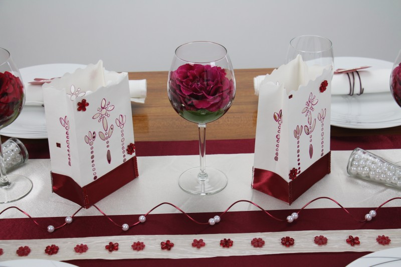 Tischdeko Rot Creme Mustertisch Trendmarkt24
