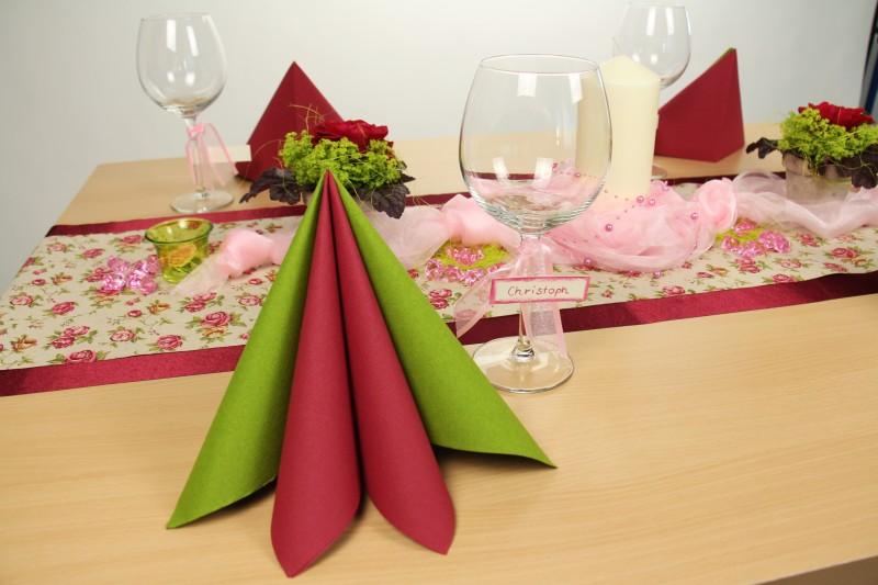 tischdeko rosa gr n fest tischdekorationen. Black Bedroom Furniture Sets. Home Design Ideas