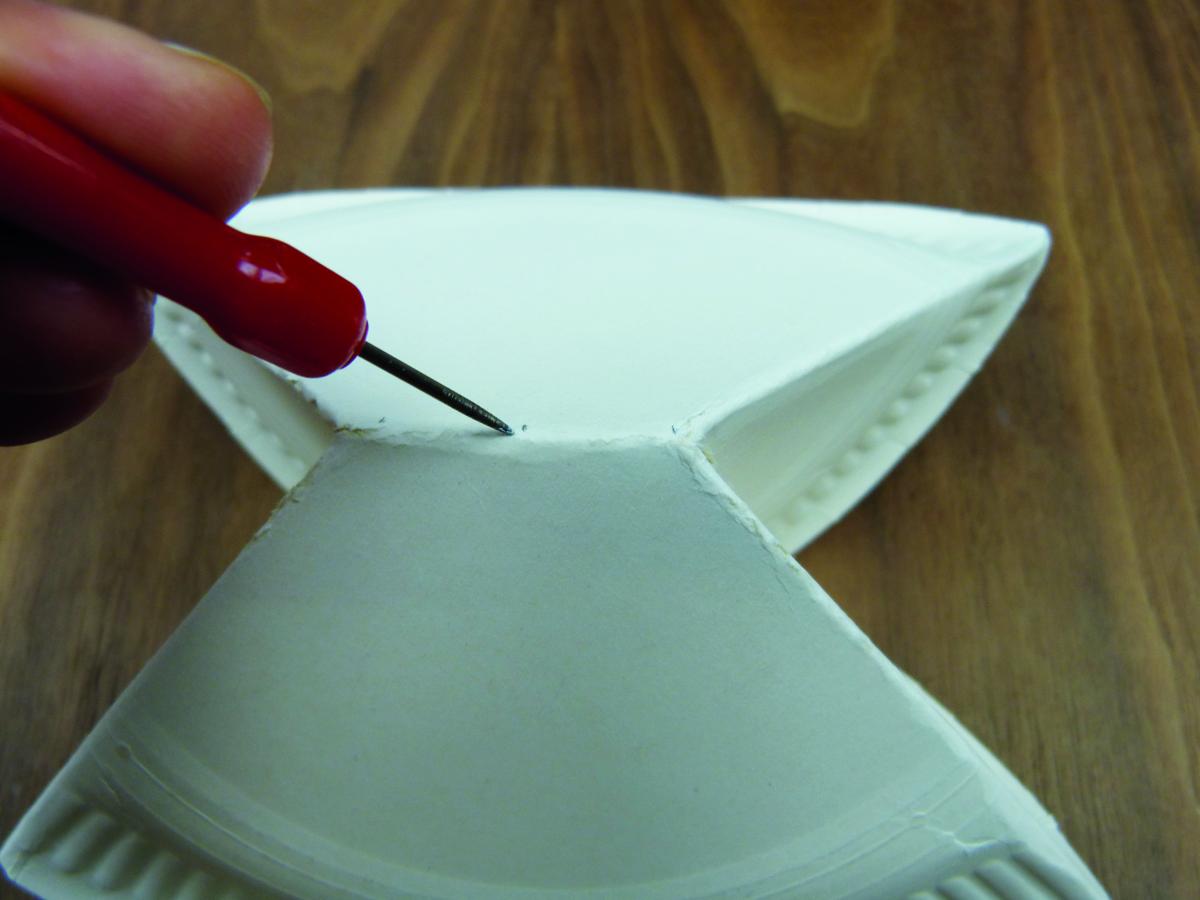 Engel selber basteln basteln mit pappteller for Holzscheibe rund