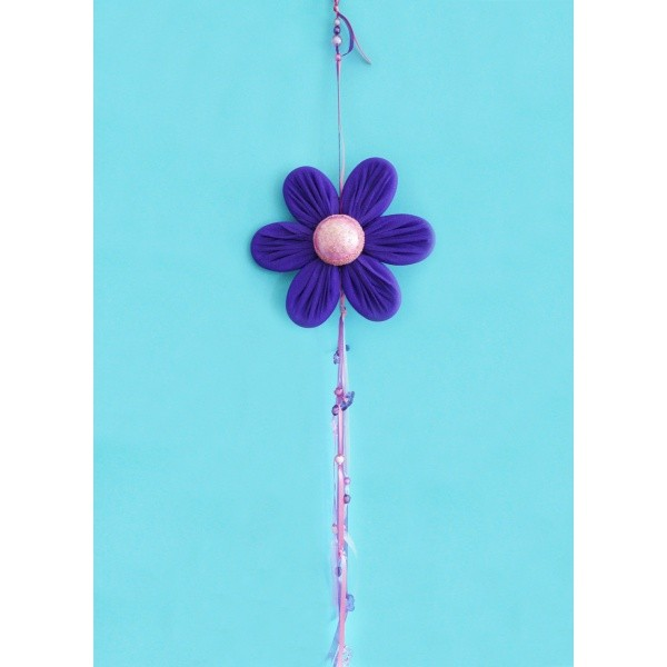 Basteln mit Krepppapier, eine herrliche Blume basteln ...