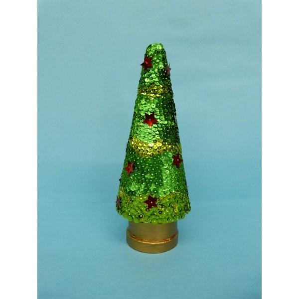 tannenbaum basteln tolle weihnachtsdekoration zum selber basteln. Black Bedroom Furniture Sets. Home Design Ideas