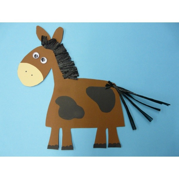 basteln pferd ein nettes pferd aus fotokarton basteln. Black Bedroom Furniture Sets. Home Design Ideas