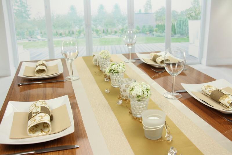 Tischdeko Gold Creme Fest Tischdekorationen Tm24