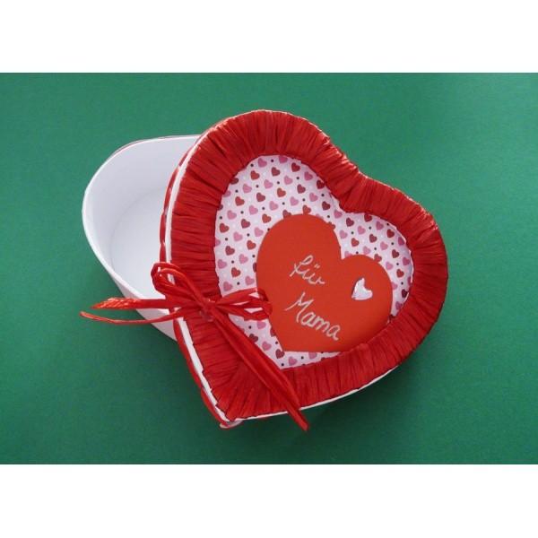 Muttertag basteln bastelanleitung f r eine herzbox - Muttertagsgeschenke basteln mit kindern ...