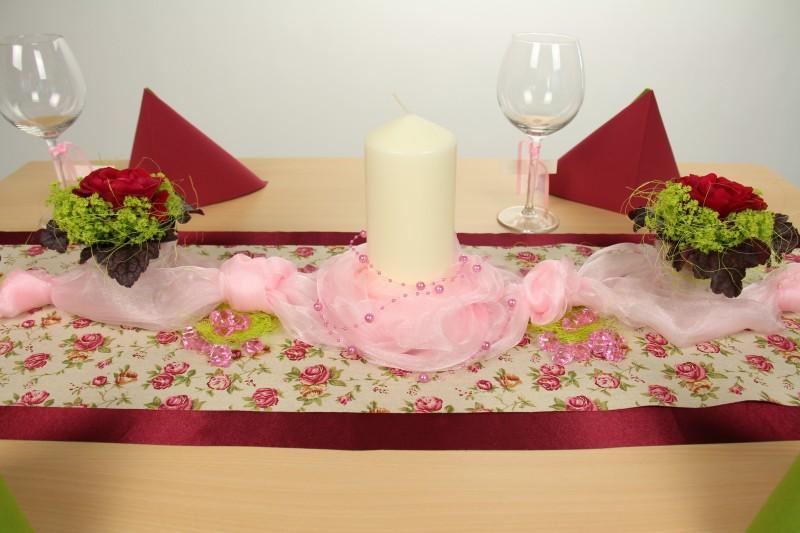 Tischdeko rosa gr n fest tischdekorationen for Tischdeko rosa