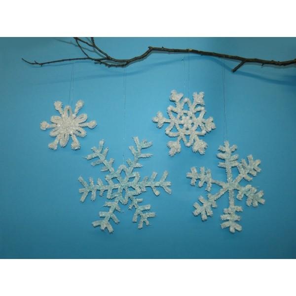 Schneeflocke basteln | Wunderschöne Schneeflocken selber basteln